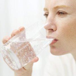 nước uống phụ nữ